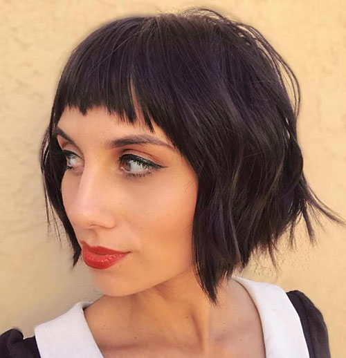 Wavy Hair Bob With Bangs